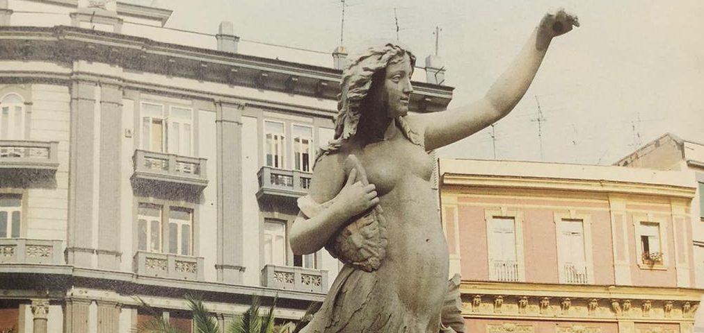 sirena partenope statua